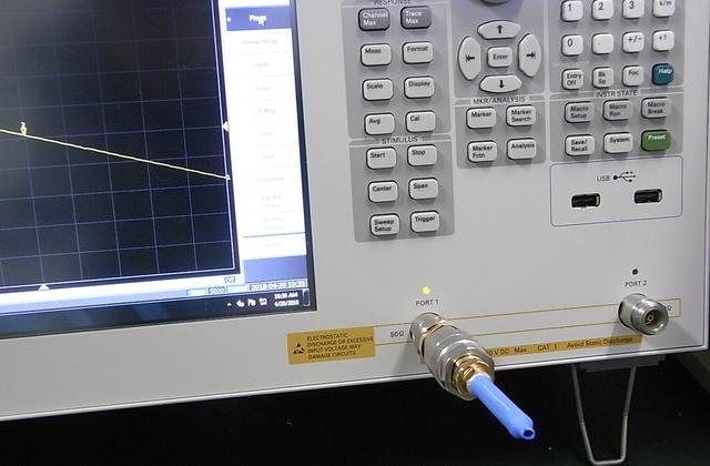 サブギガヘルツ帯域用インダクタンス標準器 SGLシリーズ
